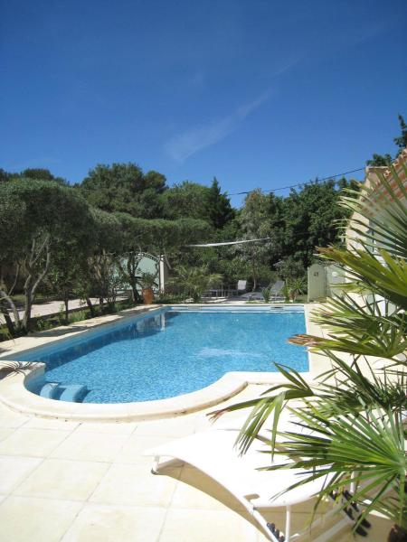 Hotel Pictures: Le Clos Olives, Comps
