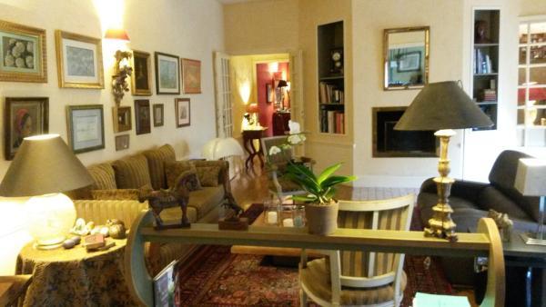 Hotel Pictures: Maison Epellius, Collonges-au-Mont-d'Or