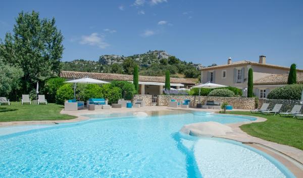 Hotel Pictures: , Les Baux-de-Provence