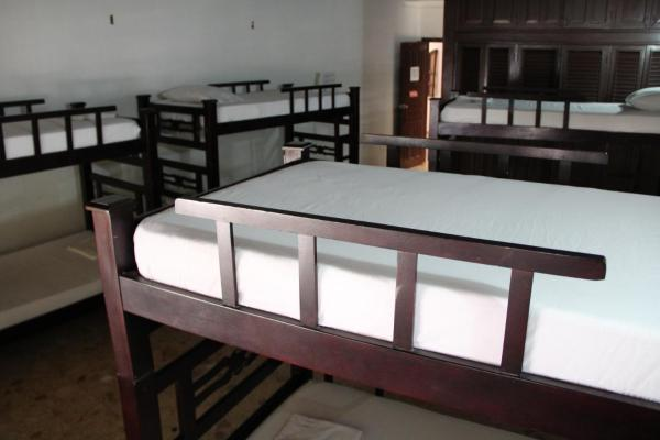 Bed in 8-Bed Mixed Dormitory Room with Air-conditioning
