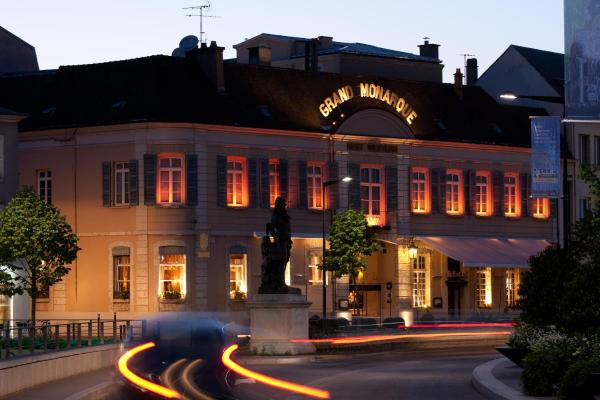 Hotel Pictures: Best Western Hôtel Spa Grand Monarque, Chartres