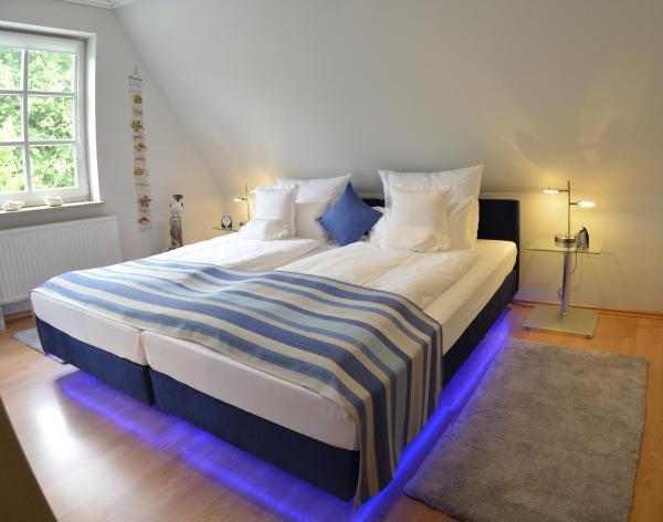 Hotel Pictures: Apartment am Schloß Husum, Husum