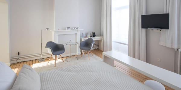 Suite - 1st floor