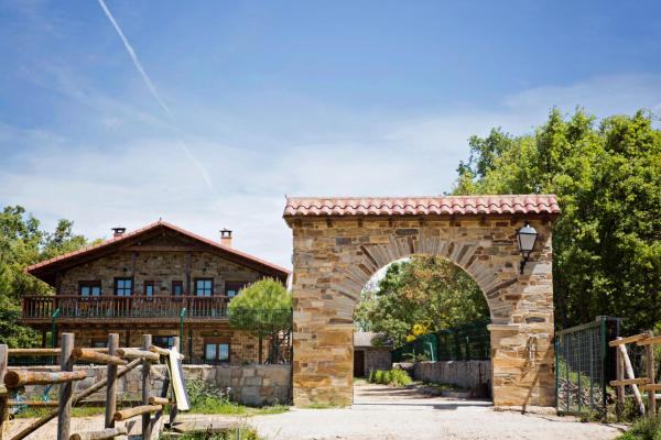 Hotel Pictures: , Rabanal del Camino