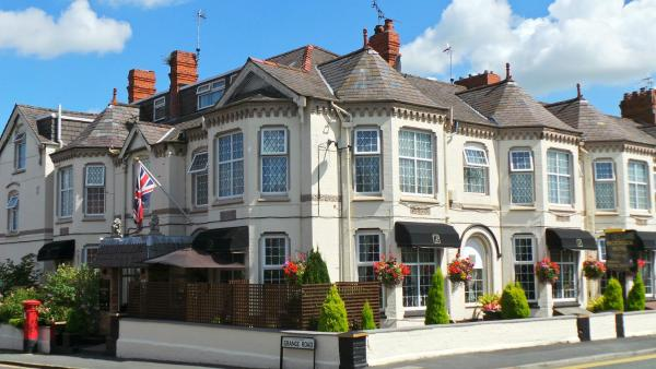 Hotel Pictures: Brookside Hotel & Restaurant, Chester