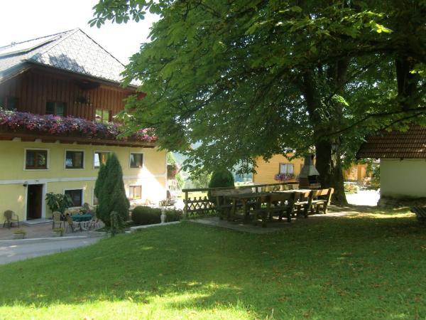 Fotos do Hotel: Ferienwohnungen Jodlbauerhof, Weyregg
