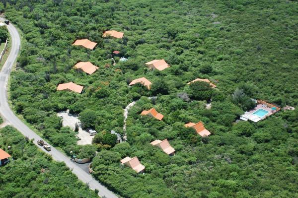 Hotel Pictures: Flamingo Park Curacao, Willibrordus