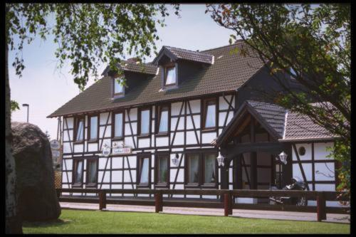 Hotel Pictures: Landhaus VERDI, Vechelde