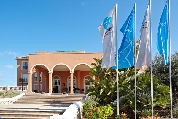 Hotel Pictures: Grupotel Macarella Suites & Spa, Son Xoriguer