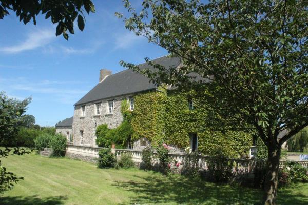 Hotel Pictures: Bayeux Guest Room Le Vivier, Castillon