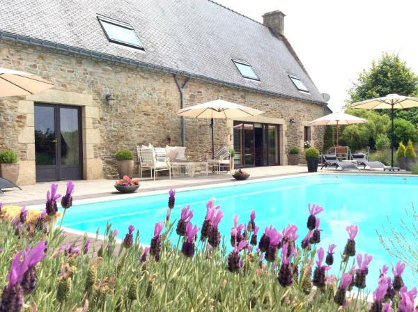 Hotel Pictures: La Longère Luxury B&B in Southern Brittany, Languidic