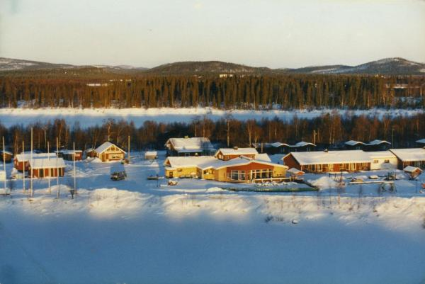Hotel Pictures: Näverniemi Holiday Center, Ivalo