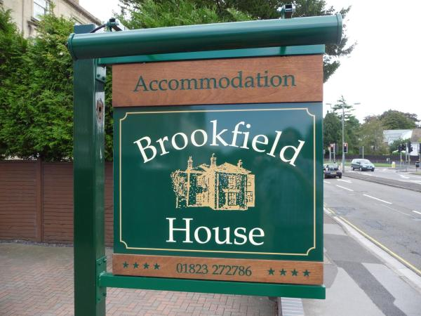 Hotel Pictures: Brookfield House, Taunton