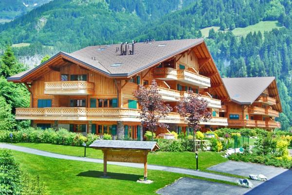 Hotel Pictures: Rives Reines 2, Champéry