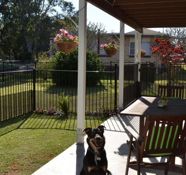 Hotel Pictures: Lakeside Apartment, Maroochydore