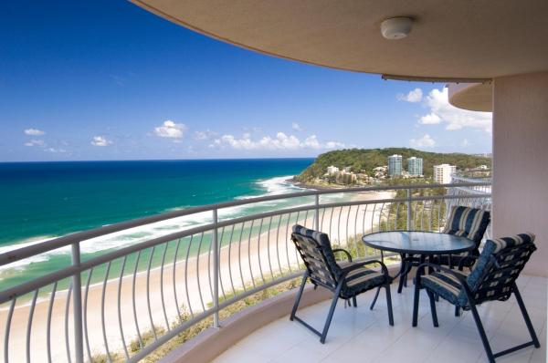 One-Bedroom Apartment with Ocean View