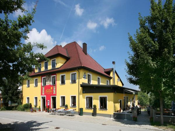 Hotelbilleder: Gasthof zum Sonnenwald, Schöfweg