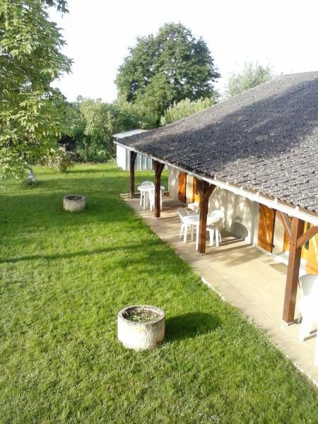Hotel Pictures: Les Rolanges Chambres d'hôtes, Saint-Bernard