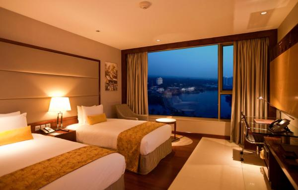 Deluxe Twin Room with Backwater View - Non-Smoking