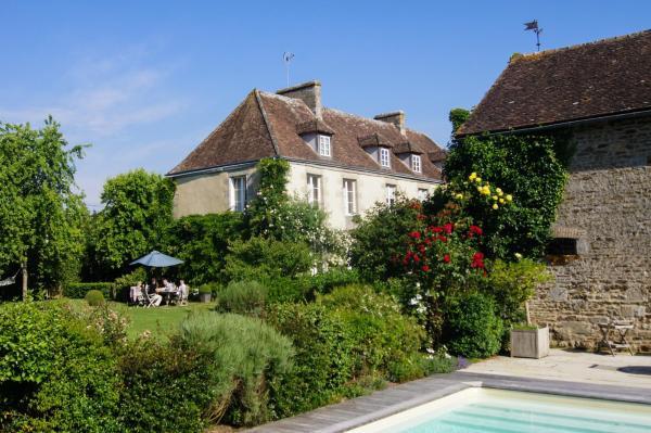 Hotel Pictures: La Louvière, Pacé