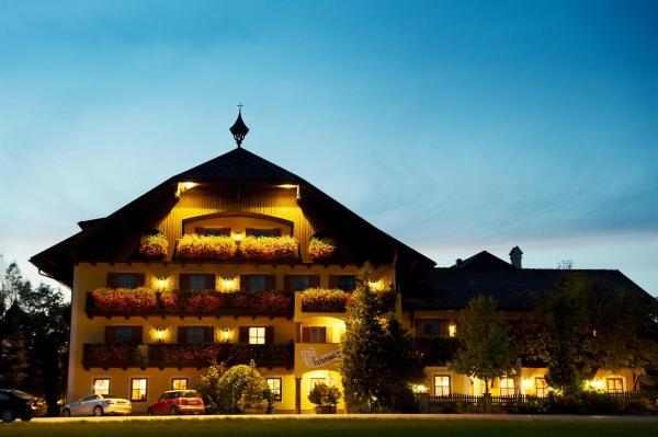 ホテル写真: Landhotel Gschirnwirt, Eugendorf