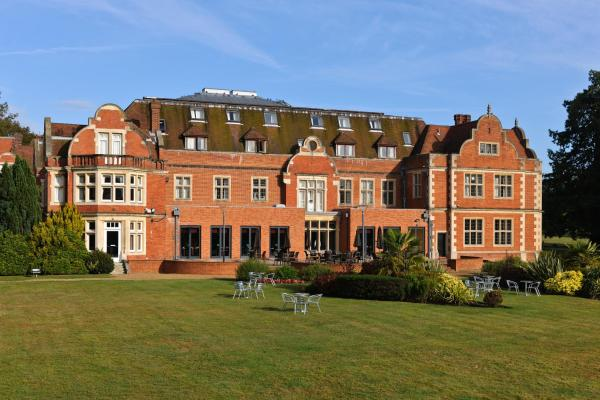 Hotel Pictures: Savill Court Hotel, Windsor