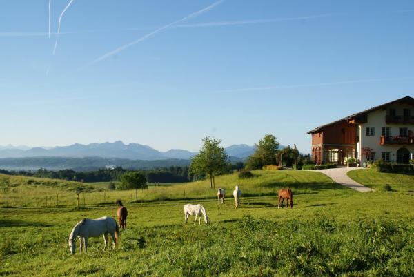Hotel Pictures: , Feldkirchen-Westerham