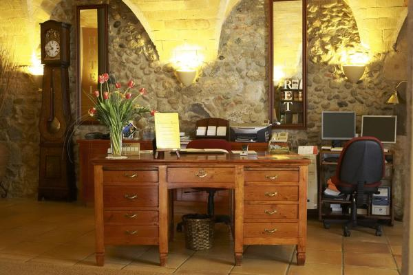 Hotel Pictures: Hotel Can Ceret, San Pedro Pescador