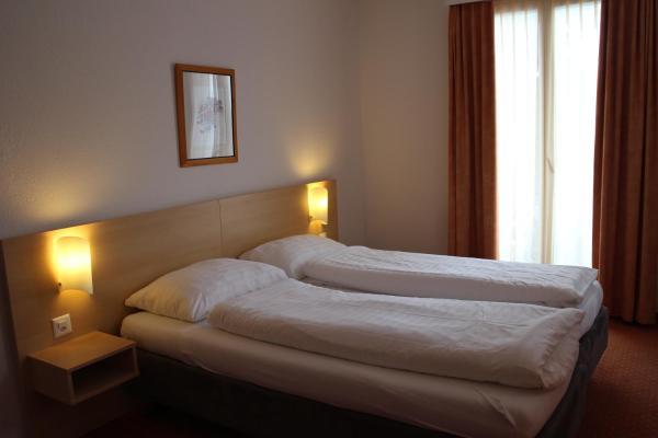 Medium Room with Balcony