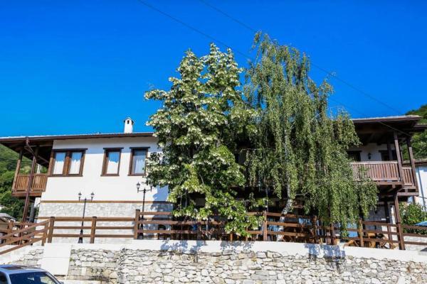 Foto Hotel: Delchovski Han, Delchevo