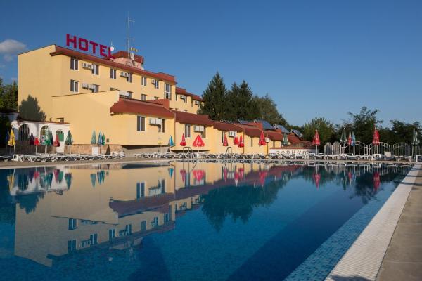 Photos de l'hôtel: Zornica Hotel, Kazanlŭk