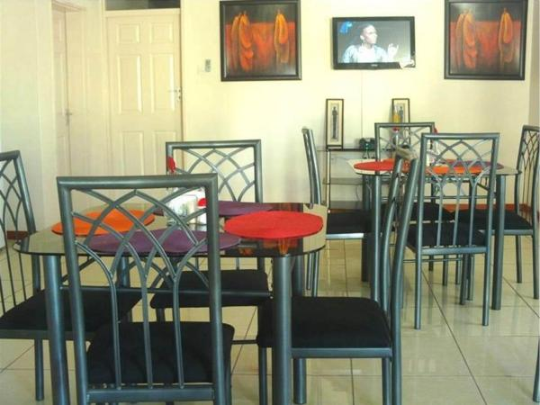 Hotel Pictures: Comfort Palace Guesthouse, Francistown