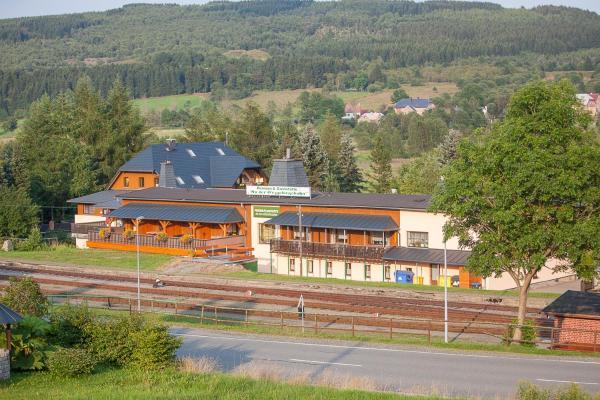 Hotel Pictures: Pension An der Erzgebirgsbahn, Kurort Oberwiesenthal