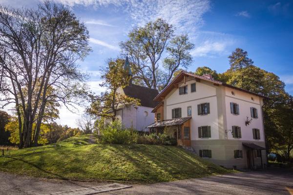 Hotelbilleder: Schlossgaststätte Hohenberg, Seeshaupt