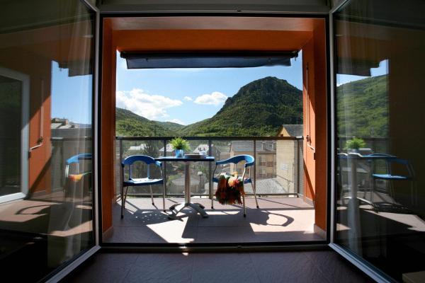 Hotel Pictures: , El Pont de Suert