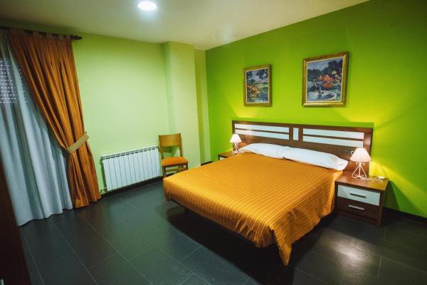 Hotel Pictures: El Pasil Centro de Turismo Rural, Serradilla del Llano
