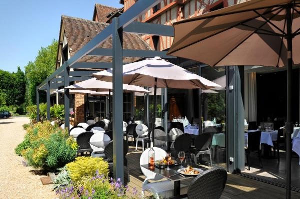 Hotel Pictures: Le Saint-Jacques, Cloyes-sur-le-Loir