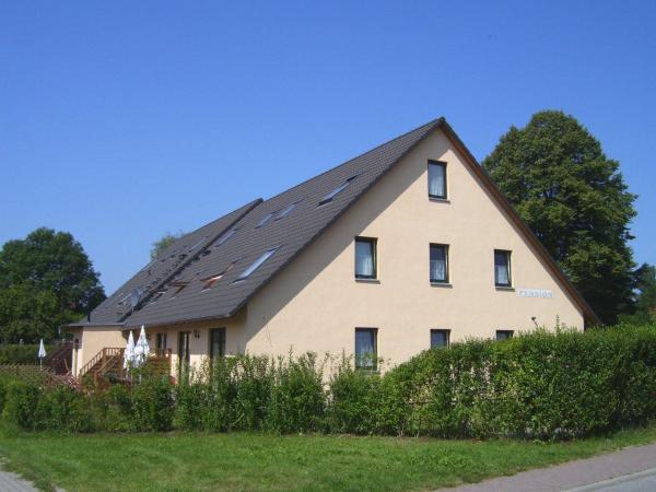 Hotel Pictures: Pension Elmenhorst ***S, Elmenhorst