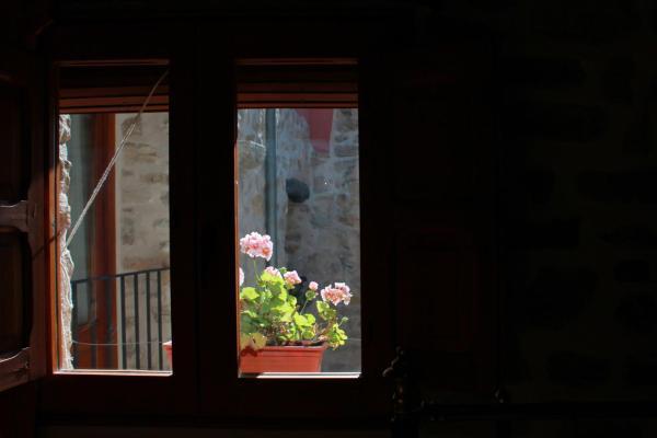 Hotel Pictures: Casa Rural El Castellot, Patró