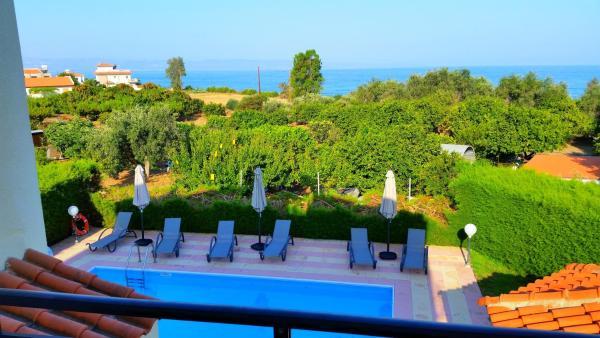 Hotel Pictures: Sotiroulla Villa, Ayia Marina
