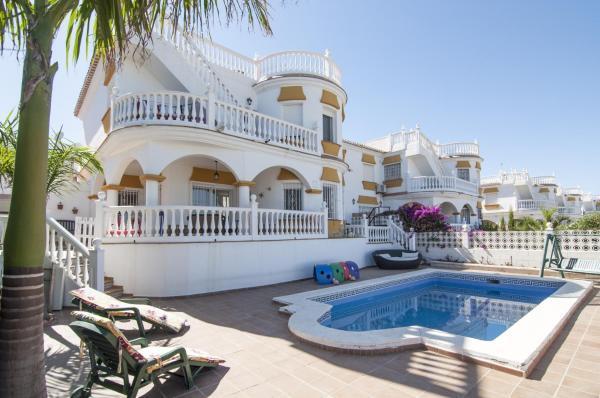 Hotel Pictures: The Eden, Almayate Alto