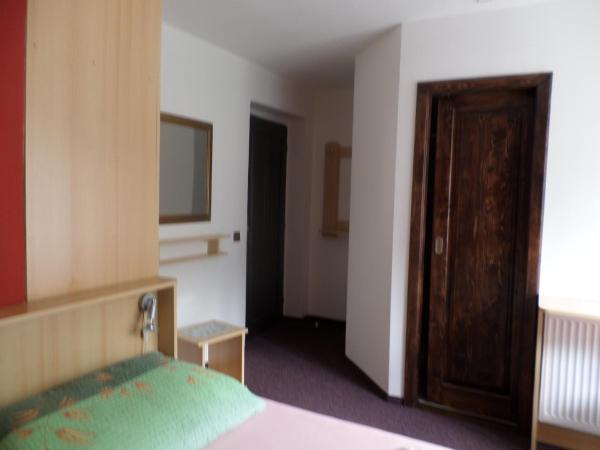 Hotel Pictures: Penzion v Budech, Křivoklát