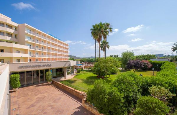 Hotel Pictures: Invisa Hotel Es Pla - Adults Only, San Antonio