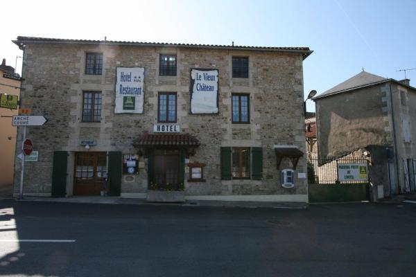 Hotel Pictures: Le Vieux Château, Gençay