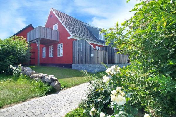 Hotel Pictures: Apartment Haregade IIII, Åkirkeby