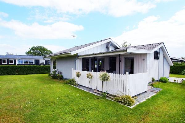 Hotel Pictures: Holiday home Hedegård F- 242, Sønderby