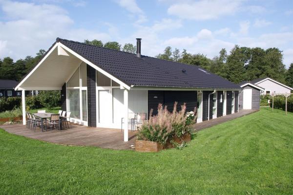 Hotel Pictures: Holiday home Barsbæklund G- 339, Loddenhøj