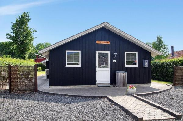 Hotel Pictures: Holiday home Binderup A- 389, Sønder Bjert