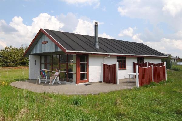 Hotel Pictures: Holiday home Brunbjergvej D- 704, Søndervig