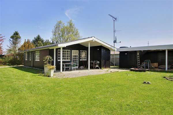 Hotel Pictures: Holiday home Egemose F- 954, Vibøge